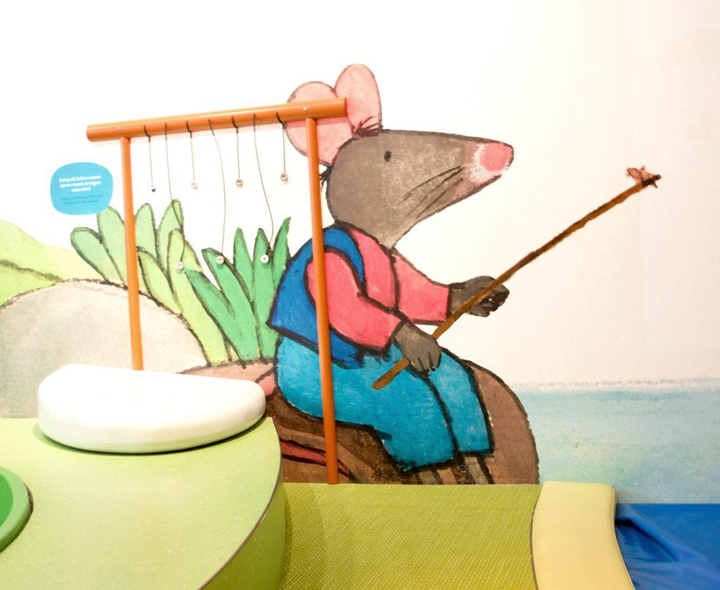 Kikken in het Kinderboekenmuseum